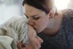 8 marzo: la salute è nelle mani delle donne, 92% si occupa della cura familiare