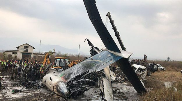 aereo caduto nepal, Sicilia, Mondo