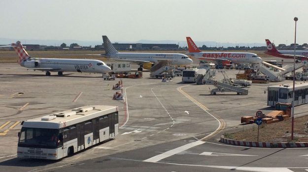 aeroporto catania, disagi, voli, Catania, Economia