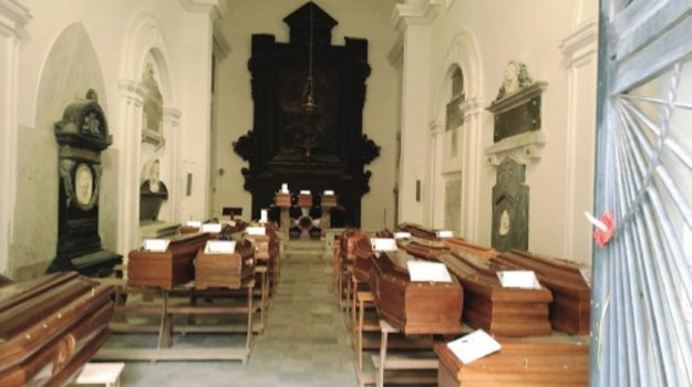 sepolture trapani, Trapani, Cronaca