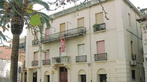 scuola contrada capita sant'agata, Messina, Economia