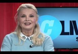 #Corrierelive,Barbara Bouchet: «Lasciai il cinema a 39 anni , a 40 mi rottamavano»