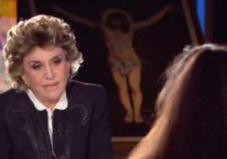 Dal «bipede sgualcito» alla «non proprio libellula» Sabrina: le perle di Franca Leosini