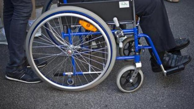 assistenza ai disabili, disabili, Sicilia, Politica