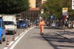 Palermo, doppio senso in via Dante: gli operai sistemano la segnaletica - Video