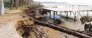 Erosione costiera ad Eraclea Minoa: lidi chiusi e turisti in fuga, in molti perdono il lavoro
