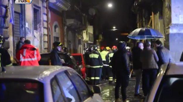 Esplosione a Catania, due vigili del fuoco in rianimazione