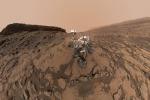 Il robot laboratorio Curiosity festeggia cinque anni dal suo arrivo su Marte, il 6 agosto 2012 (fonte: NASA)