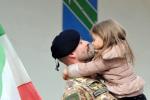 Festa del papà, tra commozione e ironia le foto e i messaggi di auguri più belli