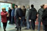 Schede ristampate, caos nei seggi a Palermo