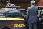 Truffa sulle aste giudiziarie: sospeso cancelliere, arrestato il figlio