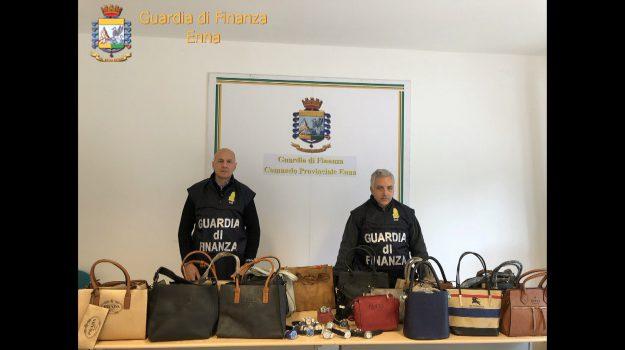 contraffazione enna, Enna, Cronaca
