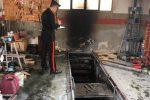 Incendio in un'officina di Carini: gravemente ferito il titolare - Video