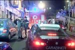 Scoppia una bombola in una panineria: due feriti: le immagini da via Colonna Rotta
