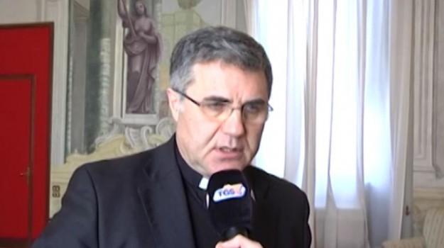 diritti omosessuali, parrocchia Santa Lucia al Borgo, veglia omofobia palermo, Corrado Lorefice, Salvo Piparo, Palermo, Cronaca