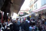 Controlli al mercato di Aragona, scoperti 13 ambulanti abusivi