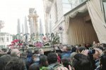 Processione dei Misteri a Trapani, negozi aperti e scattano i divieti