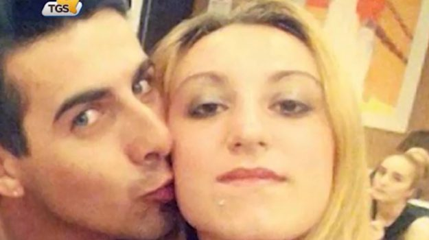 Omicidio di Canicattini Bagni, una fiaccolata per Laura