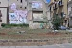 Nuove panchine alla Kalsa a Palermo ma i ladri le rubano due giorni dopo