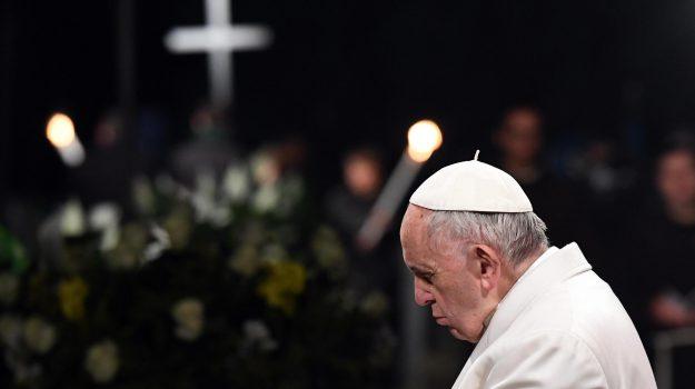 riti pasqua, via crucis, Papa Francesco, Sicilia, Cronaca