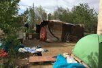 Caltanissetta, sgomberata tendopoli di immigrati pakistani lungo la statale