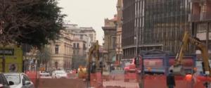 Cantieri a Palermo: piazza Castelnuovo chiusa, doppio senso e traffico in tilt in via Dante - Video