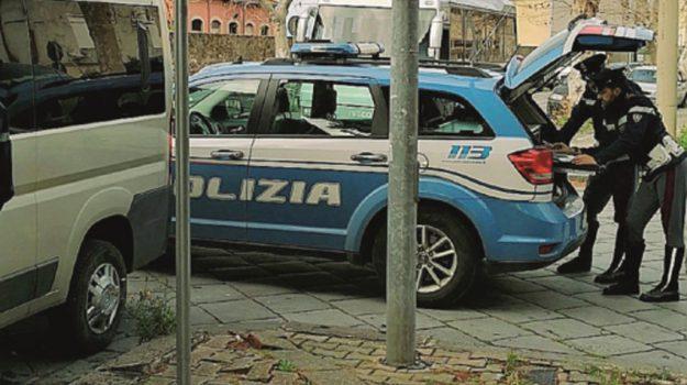 minibus sequestrati milazzo, Messina, Cronaca