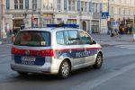 Austria, pugnala dei passanti a Vienna: tre feriti gravi, assalitore in fuga