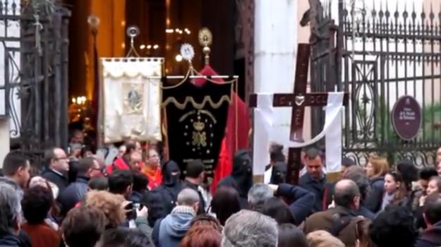 processioni, venerdì santo, viabilità, Palermo, Cronaca