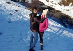Proposta di matrimonio con drone: uno dei tre non ci sta