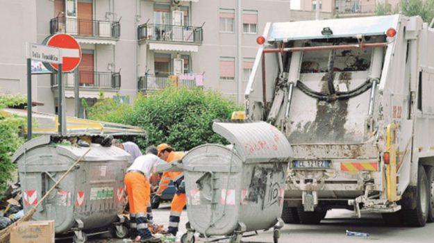 raccolta rifiuti, rifiuti indifferenziati, Roberto Gambino, Caltanissetta, Cronaca