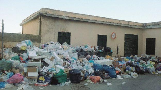 rifiuti licata, Agrigento, Archivio