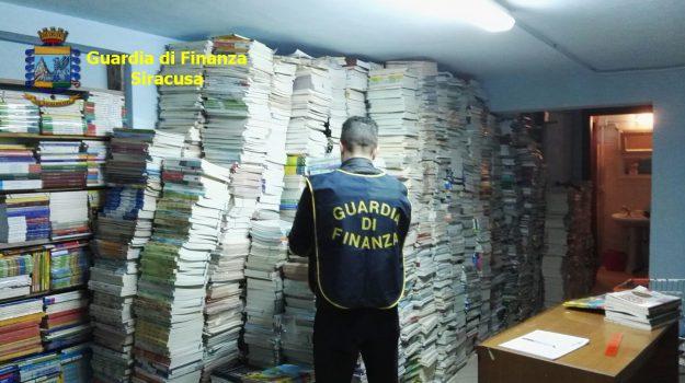 libri sequestrati augusta, Siracusa, Cronaca