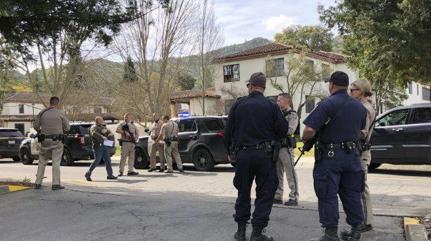 sparatoria ospizio california, Sicilia, Mondo