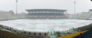 Lo stadio Tardini coperto di neve e ghiaccio