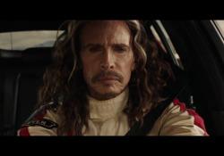 Steve Tayler contro Emerson FittipaldiLa sfida al volante della Kia Stinger