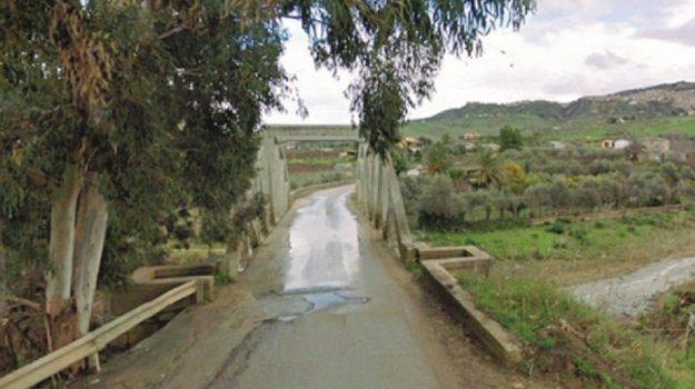 strade rurali finanziamento, Sicilia, Economia