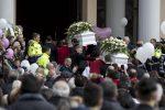 Strage di Latina: celebrati i funerali di Alessia e Martina, uccise dal padre - Foto