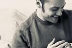 """Tiziano Ferro con un neonato, social scatenati ma lui chiarisce: """"Non è mio figlio"""""""