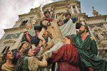 A Caltanissetta la Via Crucis dei giovani con le Vare dei Biangardi