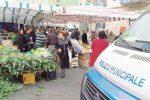 Occupazione abusiva del suolo pubblico, altri 10 ambulanti segnalati a Caltanissetta