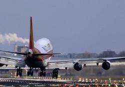 Vento sulla pista: atterrare a Schiphol diventa un incubo