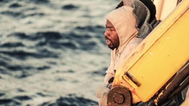 emergenza migranti sicilia, sbarchi messina, Messina, Cronaca