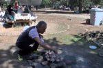 Picnic, sole e relax: i palermitani festeggiano il 25 aprile alla Favorita