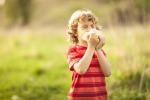 In Italia 800mila bimbi con l'asma, i consigli per un'estate sicura