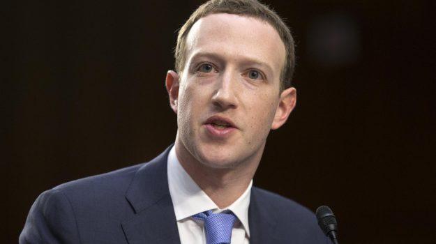 DATAGATE, facebook, Mark Zuckerberg, Sicilia, Mondo