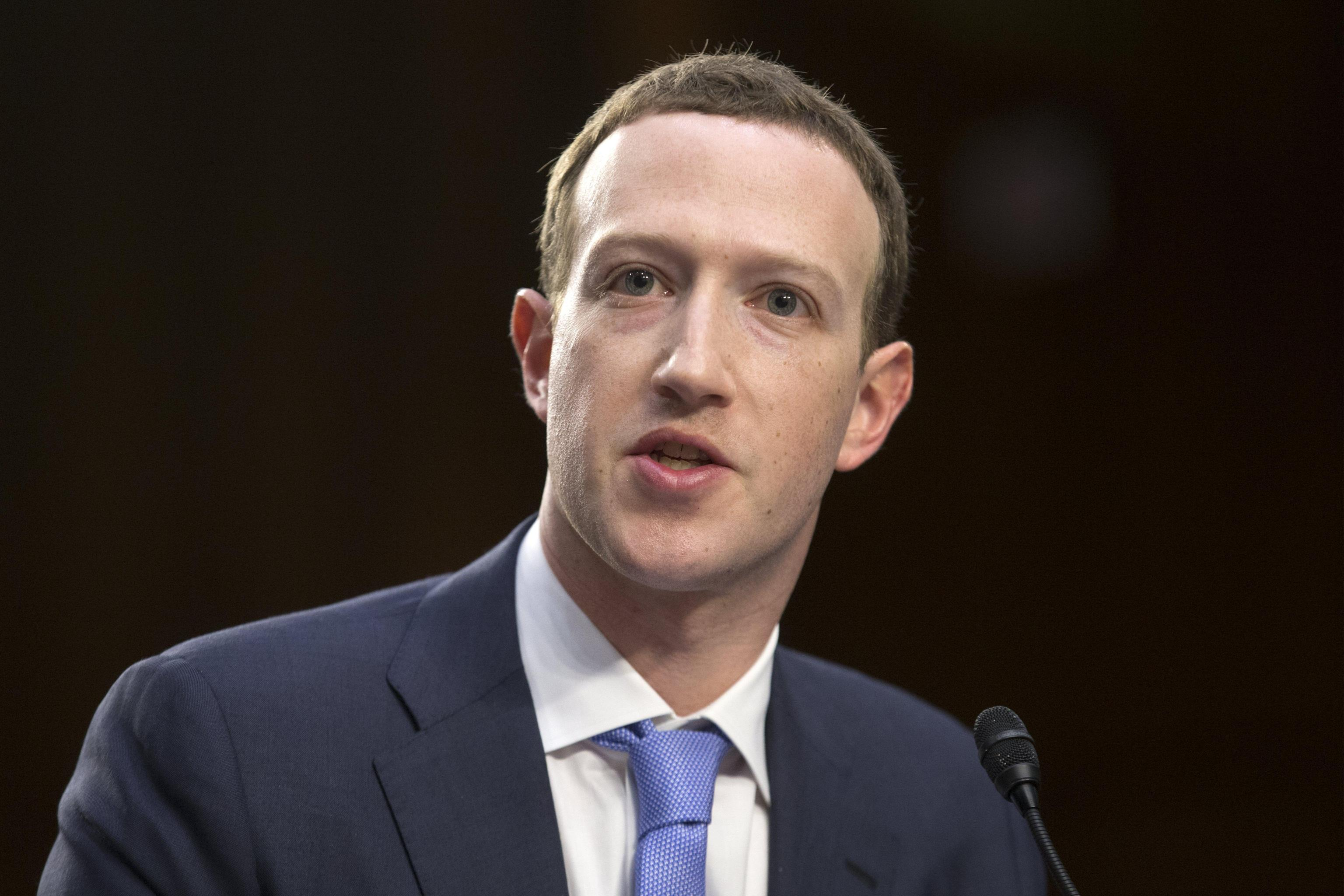 Cambridge Analytica risponde a Zuckerberg: