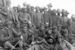 Lo storico spiega perché vinsero i tedeschi. Un esercito moderno e bene addestrato contro un'armata di contadini comandata da burocrati