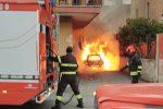 Incendio a Caltanissetta, in fiamme l'auto di un dirigente dell'Asp