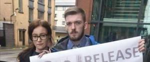 Alfie stupisce tutti e continua a resistere, dai giudici no al trasferimento in Italia